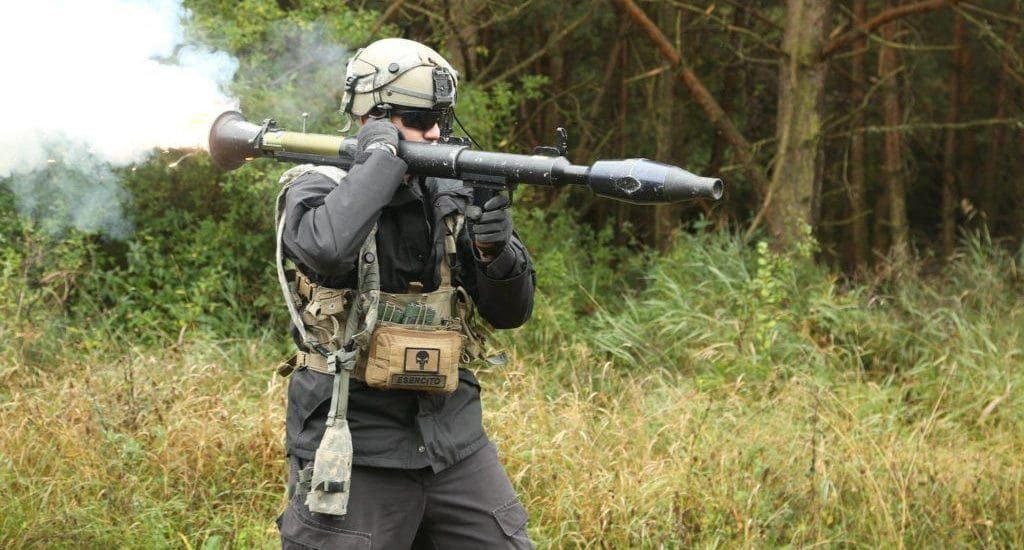 dod_soldier-shooting-rocket_ov1016-1024x683-1024x550